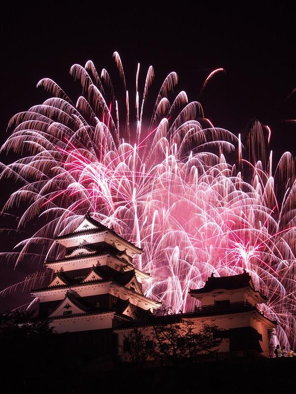 大洲城天守と花火