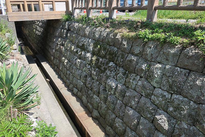 仙台河岸の石垣