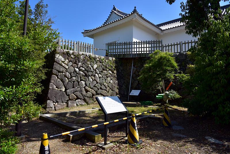 多門櫓と与助井戸