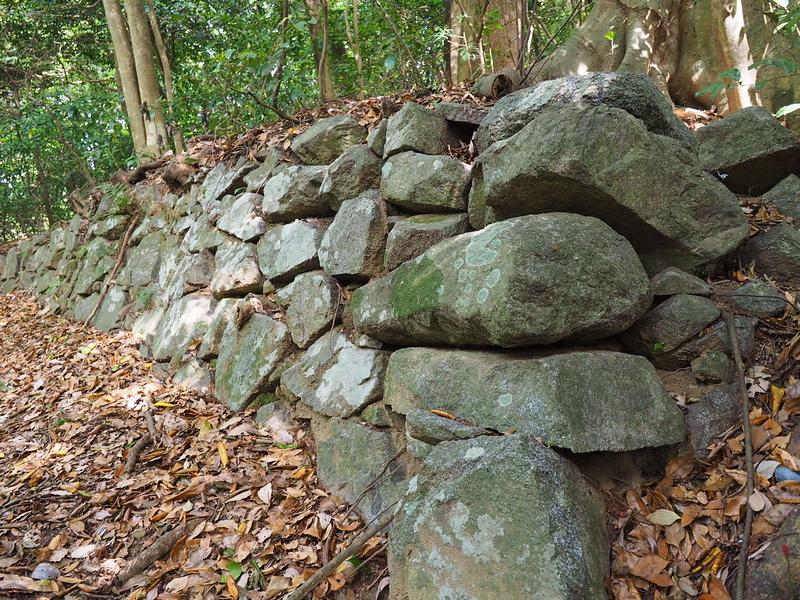 石垣◆案内板側