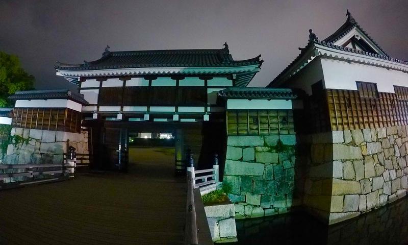 二ノ丸表御門と平櫓
