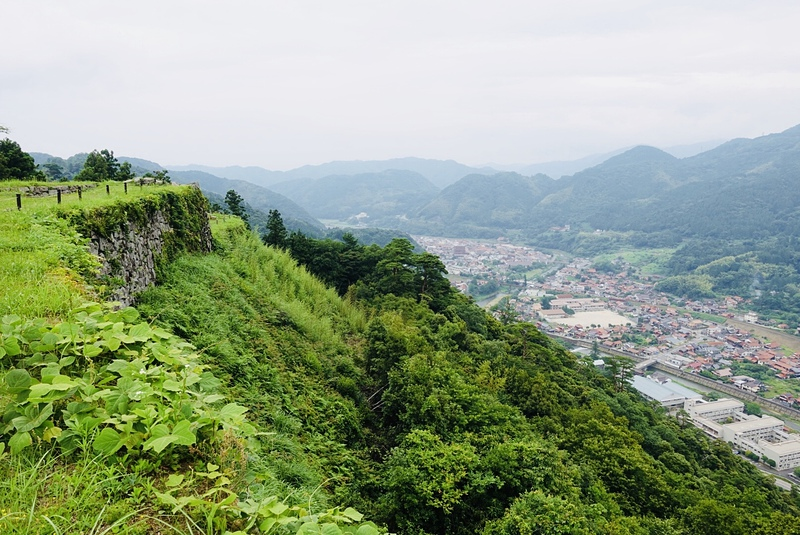 三十間台より津和野の街を望む