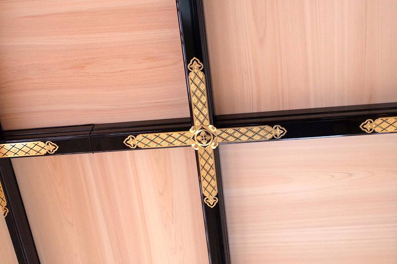 御湯殿書院の格天井の金具