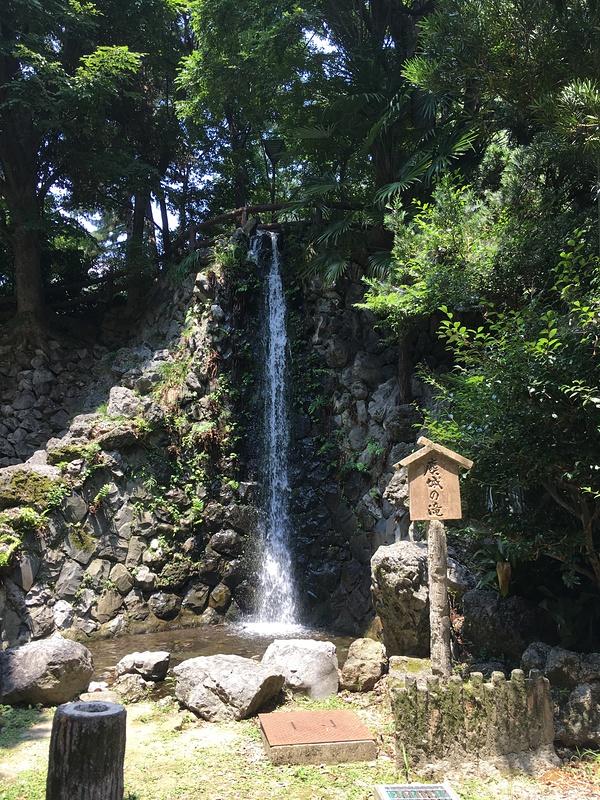 麋城(びじょう)の滝