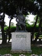 本多忠勝公の銅像…