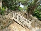 伊祖神社の登り口…