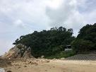 城下の浜辺より城址を望む…