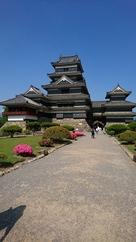 松本城へ着いたよ…
