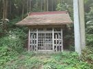 城山東側中腹の神社…