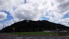新鳥栖駅から見る朝日山城…