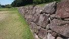 西側桝形虎口付近の石垣…