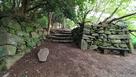 材木櫓跡近くの石垣(2)…
