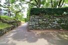 表御殿庭園の外側石垣…