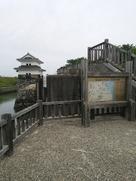 蟠龍櫓を七里の渡し方面から眺める…