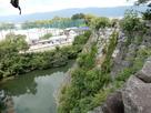 高石垣より上野高校グラウンドを見下ろす…