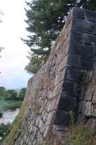 冠木御門横の高石垣