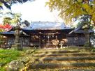 健御名方富命彦神別神社社殿と紅葉…
