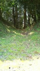 主郭南側の門跡