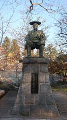 南部直房公銅像