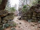 本丸虎口の石垣…