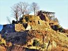 巨岩と石垣の要塞…