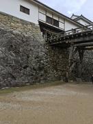 天秤櫓と石垣