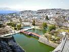内堀から北西方向、松本市街やアルプスを望…