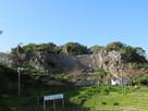 闘牛場からの石垣…