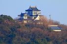 模擬天守と絵馬堂を大桑島の展望台から…