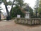 信長と濃姫の銅像…