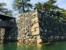 鞘橋と二の丸石垣…