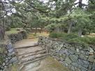 本丸の水の手側の虎口石垣…