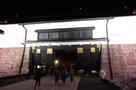 月と東大手門(桜まつりライトアップ)…