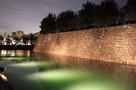 内堀と本丸石垣(桜まつりライトアップ)…