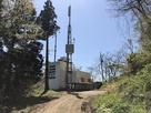 駐車場となる林道終点のテレビ中継塔…
