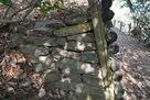 補強された石垣…