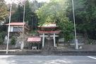 白鳥神社 ここの裏手から登ります…