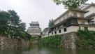 北側から。右は八坂神社…