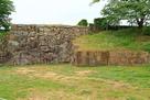 武蔵野御殿に付属した池の護岸跡(切込接)…