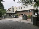 英和学園校門