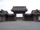 仙巌園正門(内側から)…