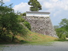 三の丸石垣西側…