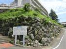 鳥羽市役所前の石垣…