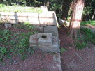 冠木門跡(本丸虎口)の礎石…