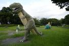 恐竜に占拠された城址…