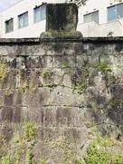 明治十年戦役弾痕碑…