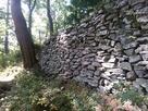 山家城本丸下の石垣