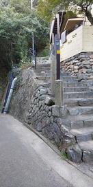 登り口の石段