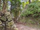 壺坂口中門と二の丸下段の石垣…