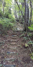 郭2への登城路